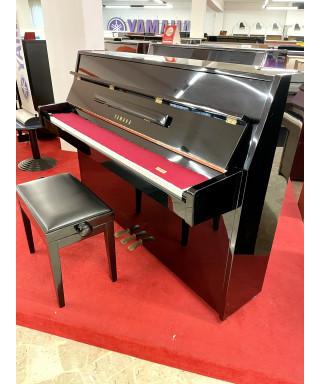 PIANOFORTE VERTICALE YAMAHA MOD. MC108E NERO LUCIDO
